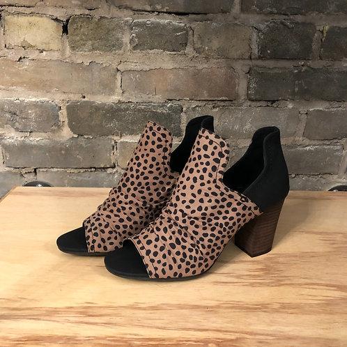 Hot to Trot Block Heel