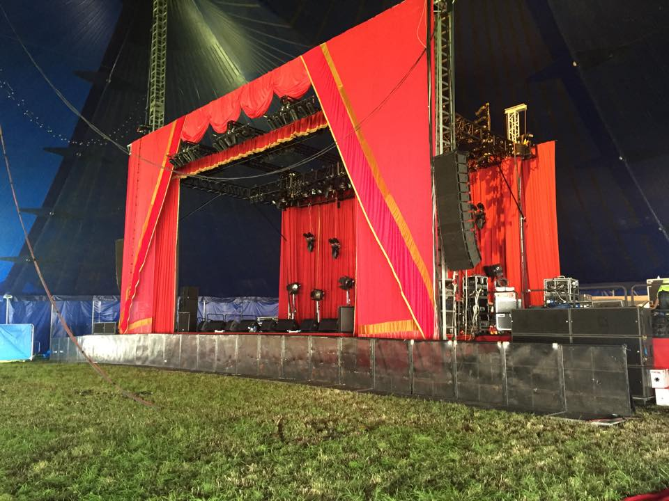 Glastonbury Acoustic stage