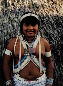 Joven indigena Marubo