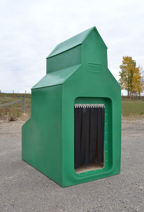 Promold Grain Elevator Dog House