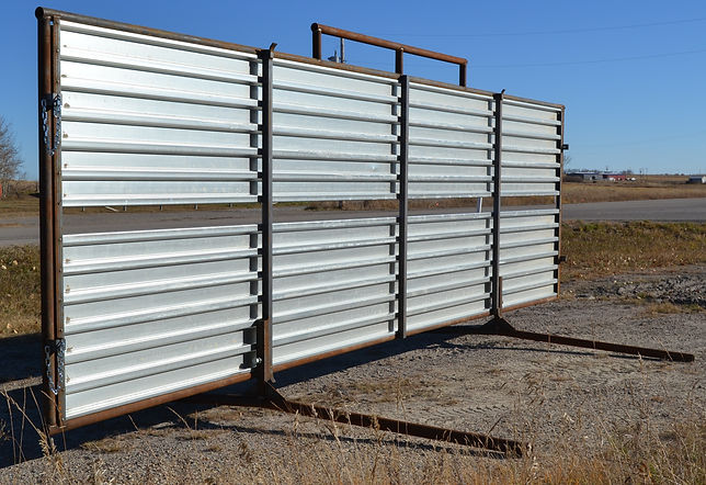 Promold portable windbreak
