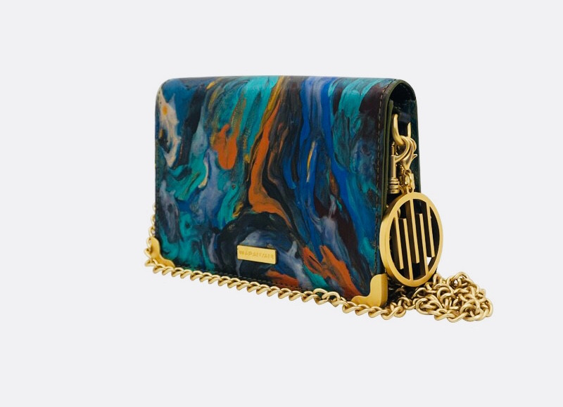 AW18 -Single edition handbag featuring original artwork