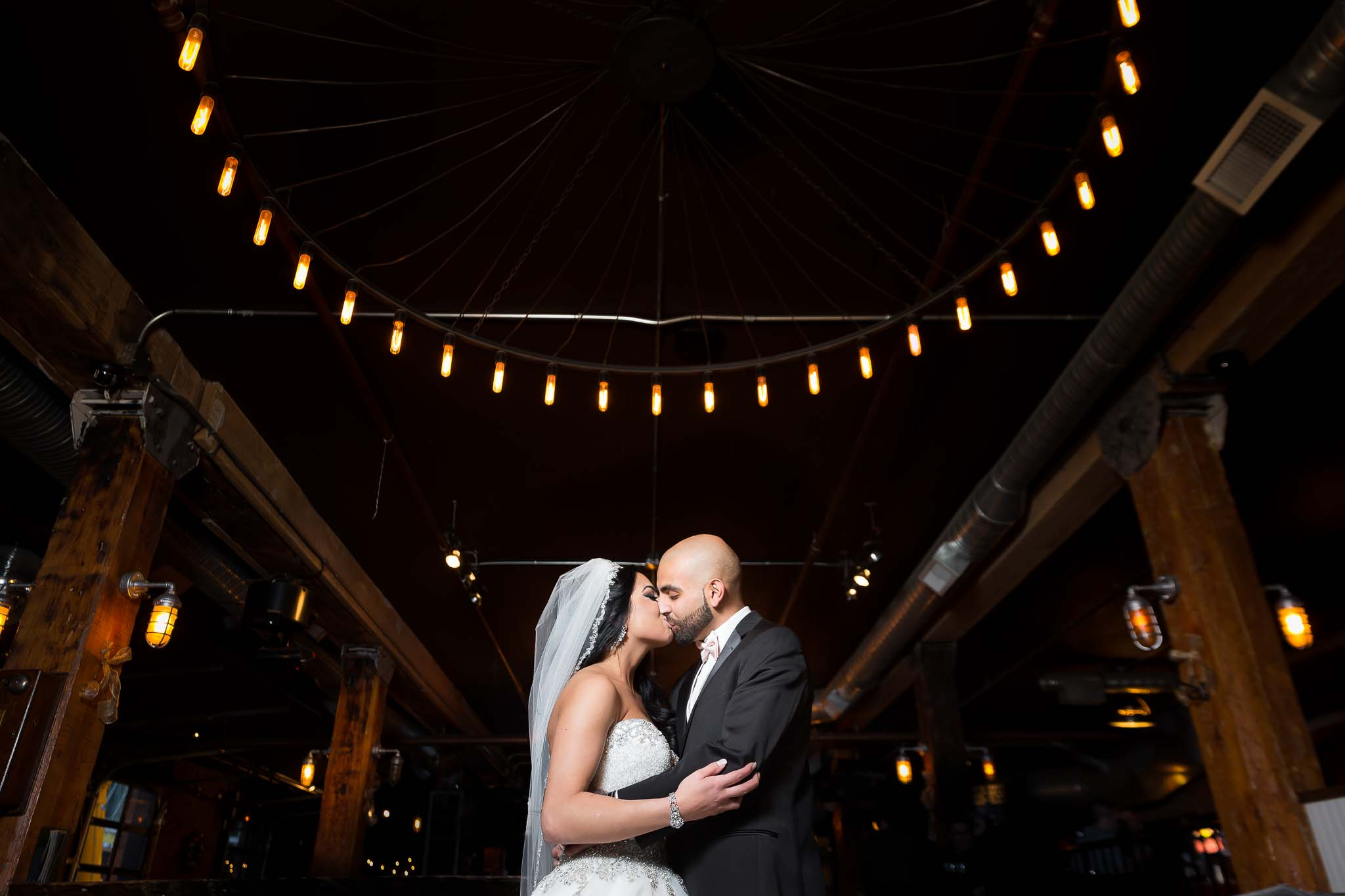 Kissing Couple At Mercers In Edmonto