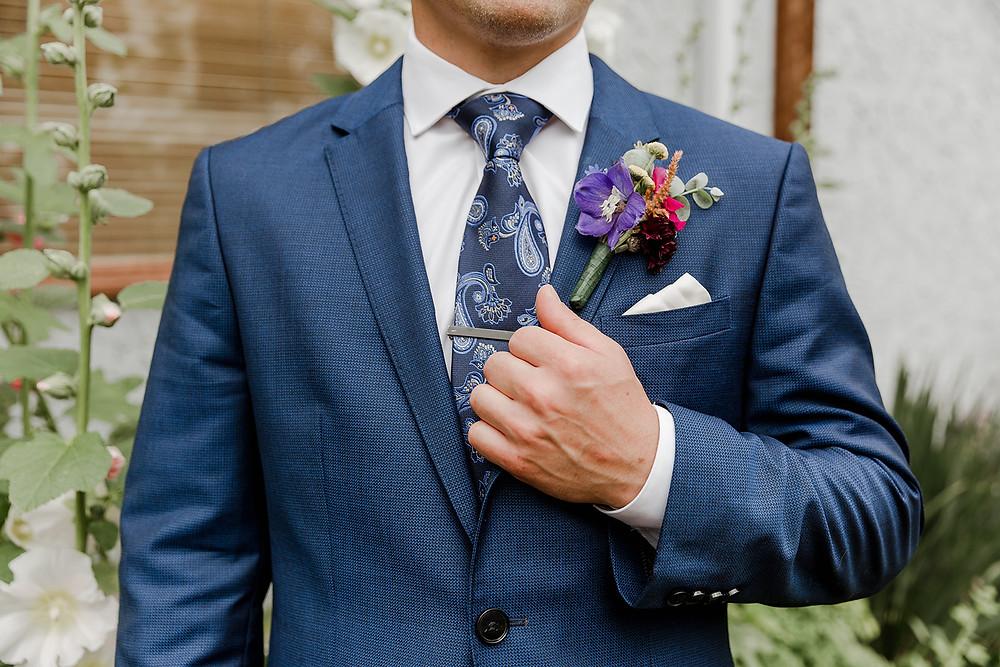 Grooms Suit, Grooms Lapel, Grooms Tie, Groom Photos