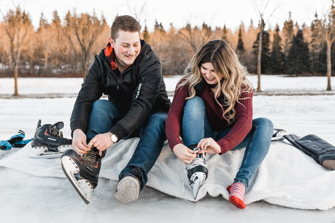 Hawrelak Park Ice Skating Engagement Session - Edmonton Photographer - Zokah