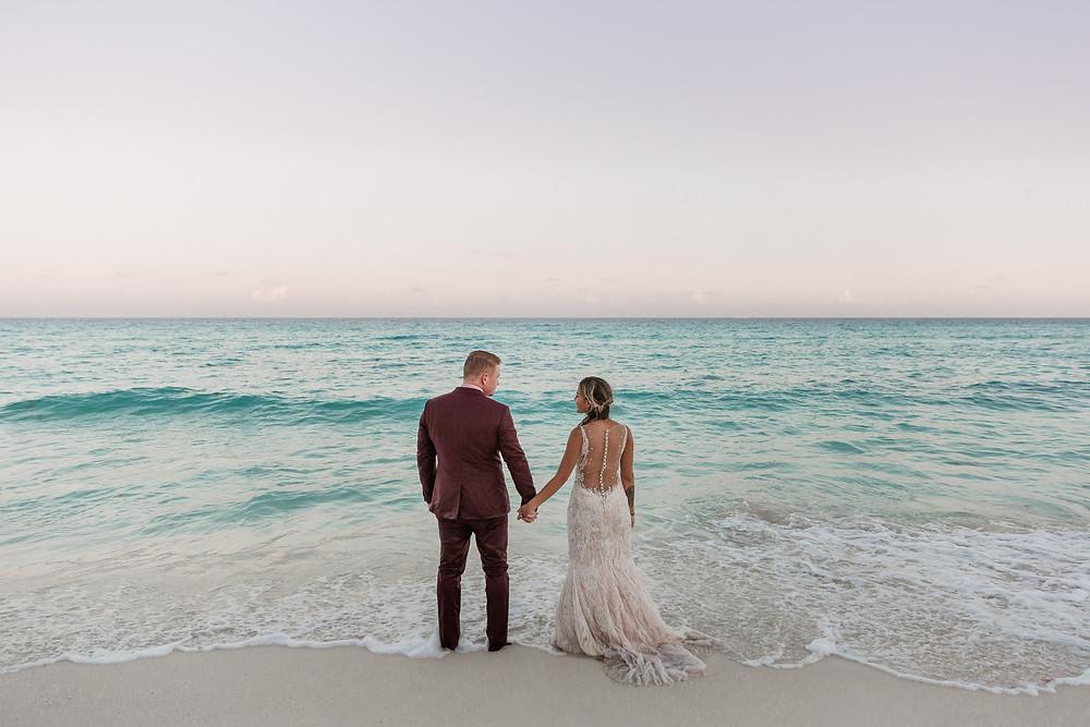 amazing wedding photos at the ocean