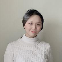 Ava Liao - headshot.jpg