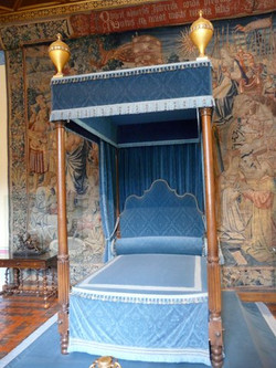 Bed for a Mistress