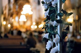 wedding-flowers-1197539-1279x836.jpg