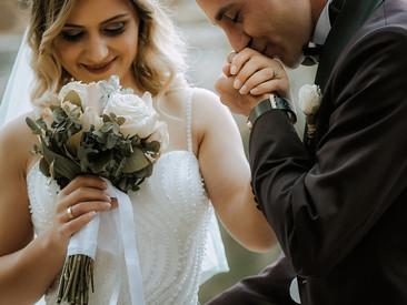 Planning a wedding during lockdown?