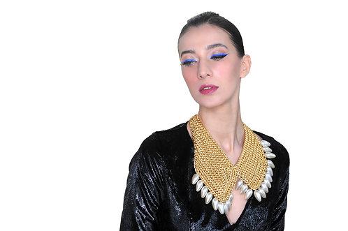 Collier de perles collection Diamants sur Canapé