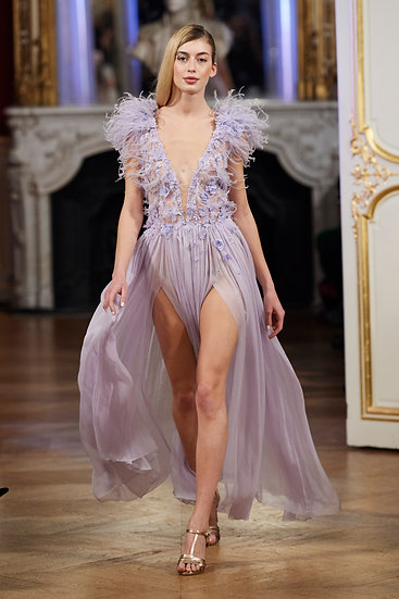 LONG CHIFFON VIOLET DRESS WITH FEATHERS