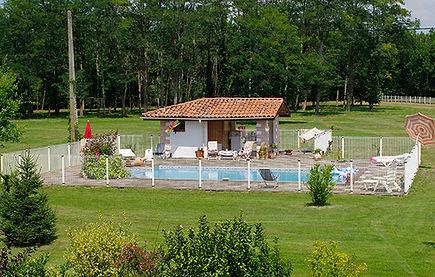 piscine chauffée sécurisé pool house