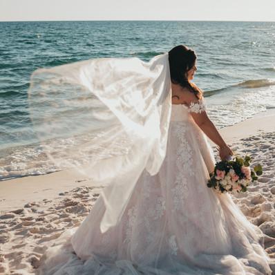I LOVE a good veil Photo