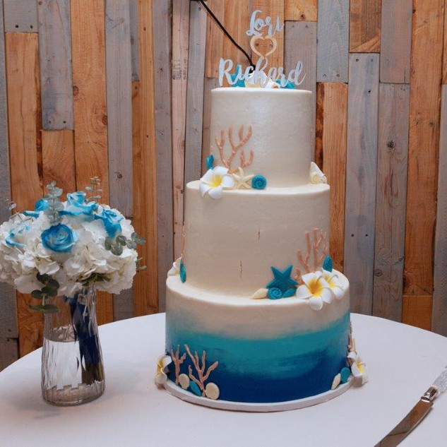 A Beautiful beach themed cake