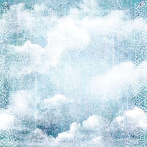 Clouds_grunge_109472630.jpg