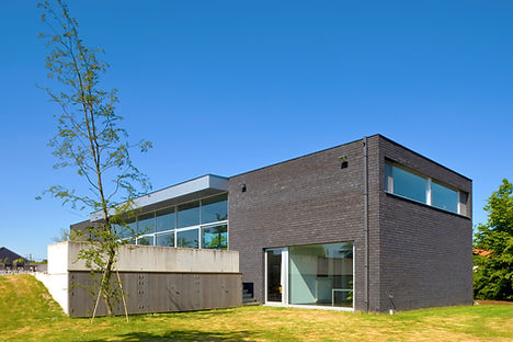 nieuwbouw huis grijs