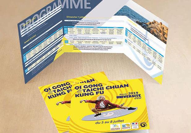 Création support de communication flyer brochure carte de visite affiche professionnel print infographiste
