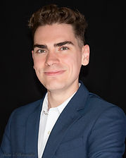 Sean Owen Headshot 1.jpg