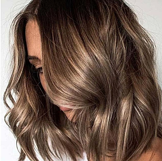 Bronde highlights with gloss