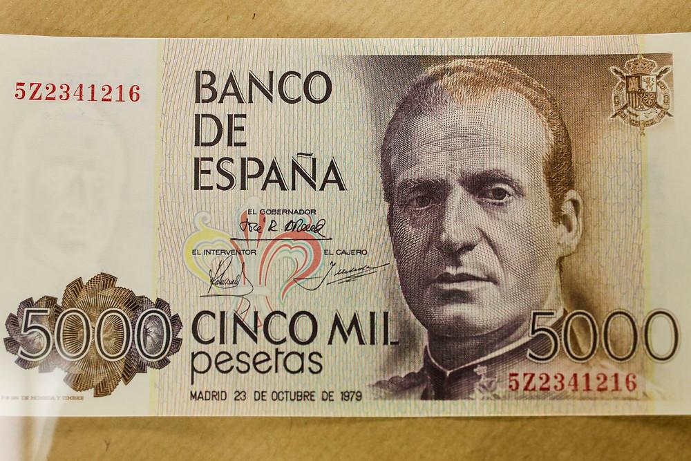 Billete de 5000 pesetas con el rostro de Juan Carlos I