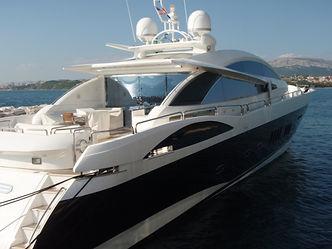 yacht pic FRD.JPG