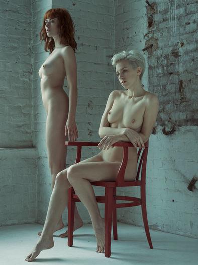 Photographer Thomas Freyer Models Regina Piil & Lilith Etch