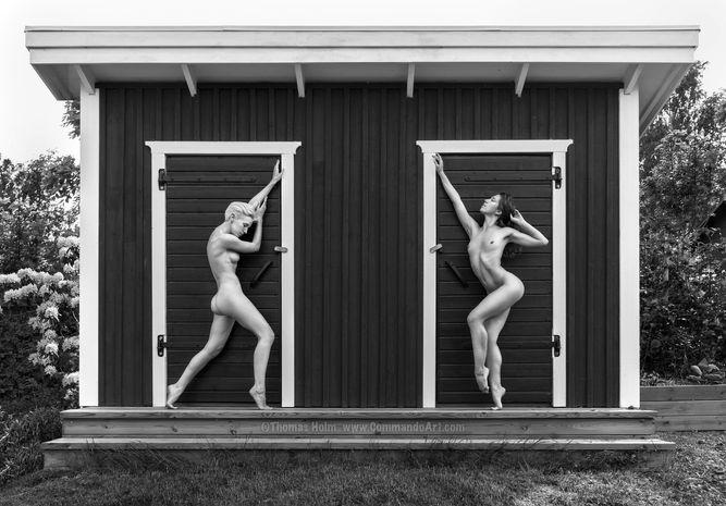 Photographer Thomas Holm Models Poppyseeddancer & Lilith Etch