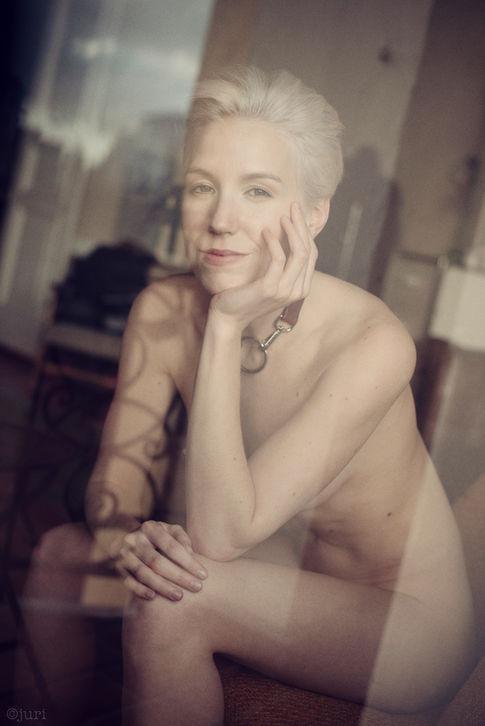 Photographer @juridotph2 Model Lilith Etch Choker @cochaine_berlin