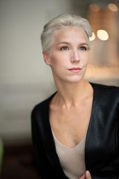 Photographer @ashotinthedark Model Lilith Etch
