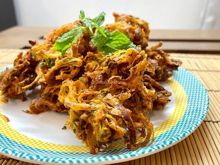 Kanda Bhaji (Onion Fritters)