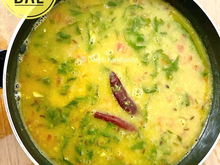 Palak Dal (Lentils with Spinach)