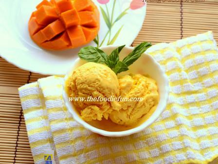Quick Mango Ice Cream