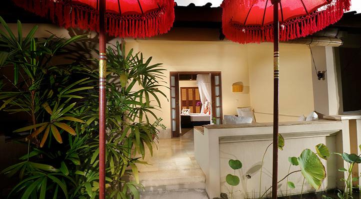 patio room-honeymoon menjangan resort.jp