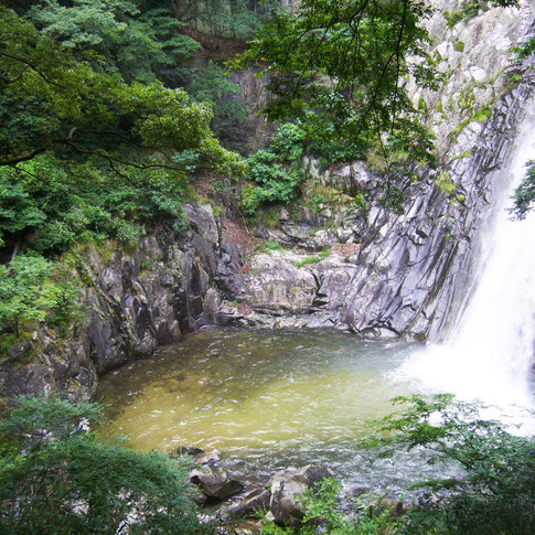 Odaki,_from_the_Nunobiki_Falls.jpg