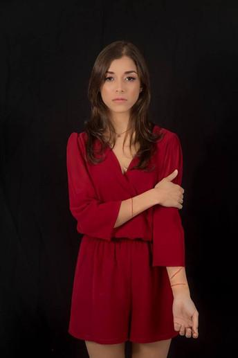 CORTA: un hilo rojo
