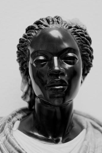 Hilvanando hilos: Reflexión sobre la discriminación racial
