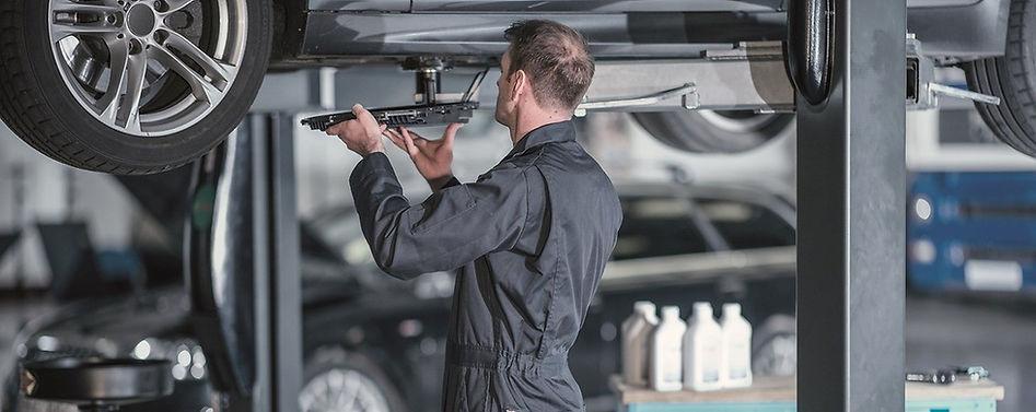 m-411442-zfa-pc-oil-change-kit-img-works