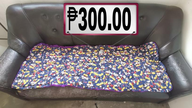 Sofa Cover Design 4