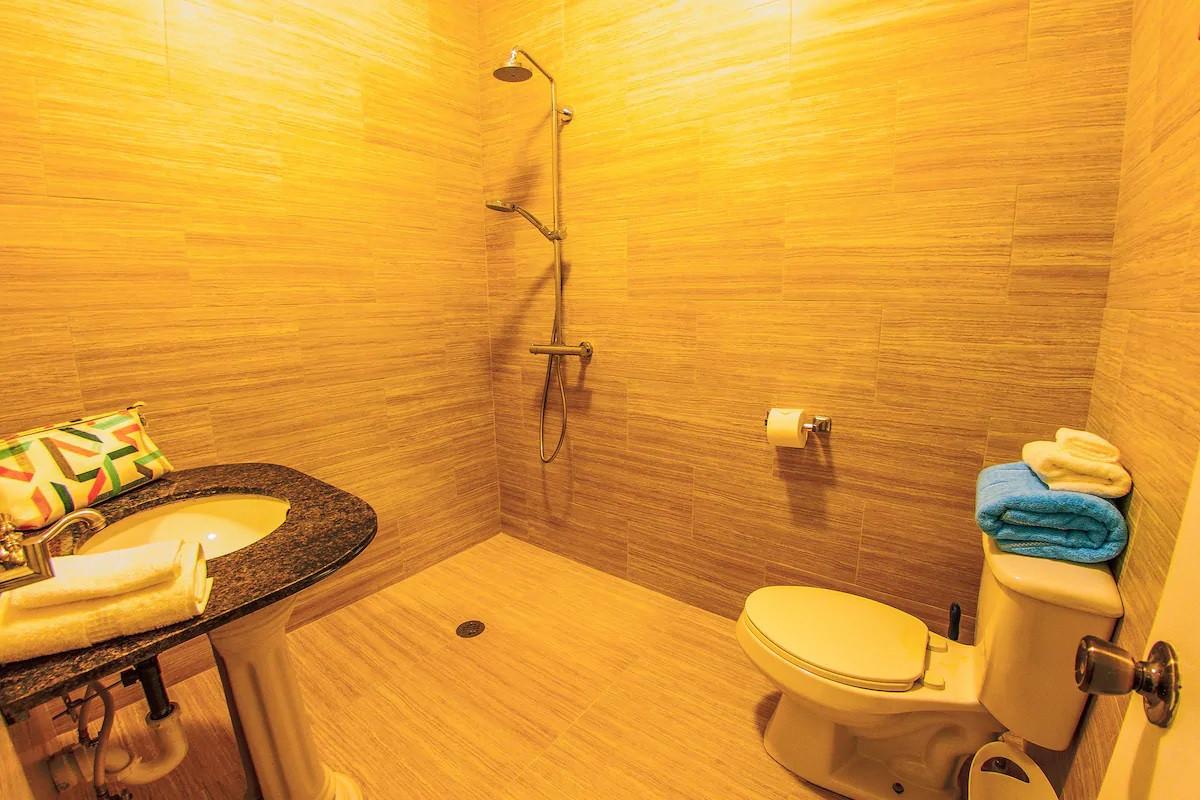 Garden Bathroom.jpg