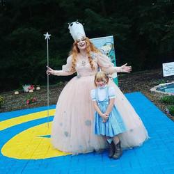 2016 Oz Fest Glenda and a Dorothy