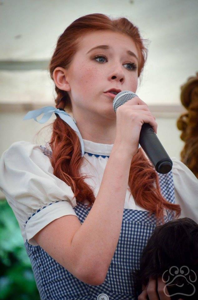 2016 Oz Fest Dorothy Singing