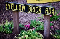 2016 Yellow Brick Road Sign