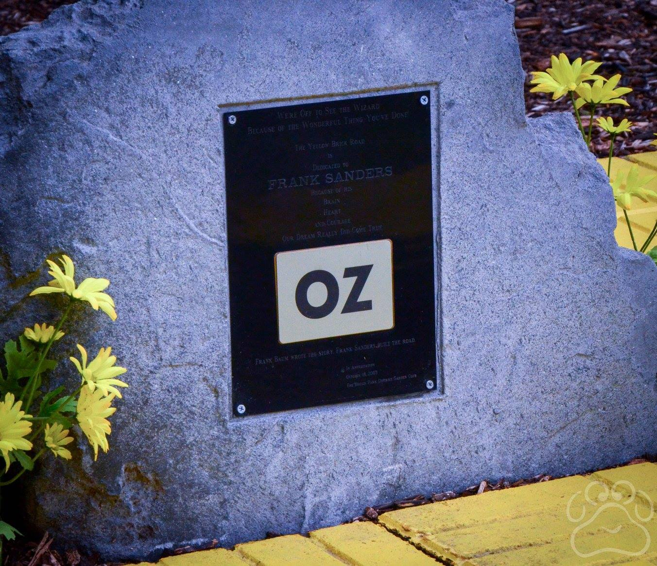 2016 Oz Fest stone for Frank Baum