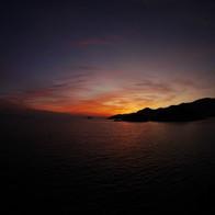日本初の国立公園「瀬戸内海国立公園」のシンボルのひとつとして知られる広島県・福山市のイチオシの人気スポット「鞆の浦・仙酔島」の情報ページです。鞆の浦・仙酔島の見どころ、ベストシーズン、アクセスのコツ、合わせて立ち寄りたい名所など観光のポイントから地図、ハイライト動画まで幅広くご案内しています。詳細はこちらからご覧ください。