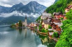 映画『サウンド・オブ・ミュージック』の舞台として知られるオーストリア中部のイチオシの人気スポット「ハルシュタット」の情報ページです。ハルシュタットの見どころ、ベストシーズン、アクセスのコツ、合わせて立ち寄りたい名所など観光のポイントから地図、ハイライト動画まで幅広くご案内しています。詳細はこちらからご覧ください。