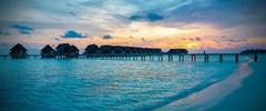 紺碧のインド洋を飾る26の珊瑚の環礁で知られる世界有数のリゾート地、モルディブ・南マーレ環礁のイチオシのリゾートホテル「ココア・アイランド・バイ・コモ」の情報ページです。ココア・アイランド・バイ・コモの設備やサービスからアクセスのコツ、周辺の観光のポイント、地図、ハイライト動画まで幅広くご案内しています。詳細はこちらからご覧ください。