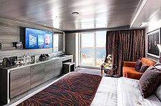 一般客室とは完全に隔離されたラグジュアリーフロアにあり、お客さまだけの特別な時間をお過ごいただける客室です。
