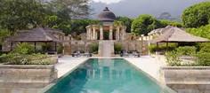 インドネシアの首都ジャカルタがあるインドネシア・ジャワ島のイチオシのリゾートホテル「アマンジオ」の情報ページです。アマンジオの設備やサービスからアクセスのコツ、周辺の観光のポイント、地図、ハイライト動画まで幅広くご案内しています。詳細はこちらからご覧ください。