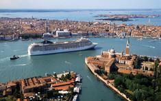 ベネチア発着でブリンディジやサントリーニ島、コトルなど美しいエーゲ海やアドリア海の入江の街や島をプレミアム客船「MSCベリッシマ号」で巡るエーゲ海・アドリア海クルーズ旅行の情報ページです。客船情報からスケジュールの詳細、寄港地、地図、ハイライト動画まで幅広くご案内しています。詳細はこちらからご覧ください。